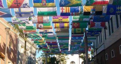 Las banderas de los 78 pueblos