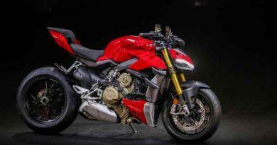 Ducati Streetfighter V2