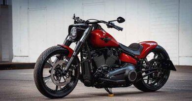 Harley-Davidson Red Booster