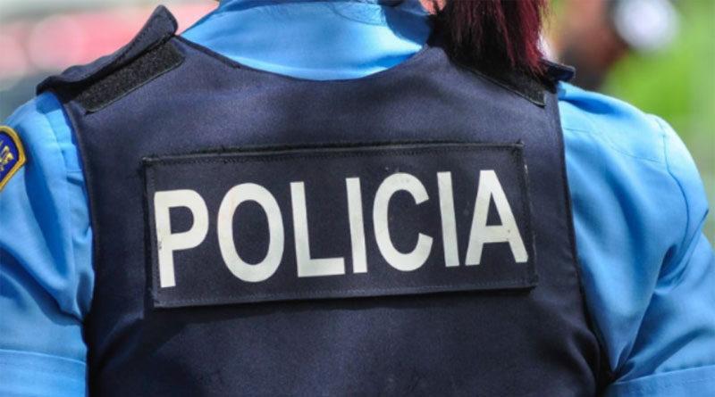 Mujer Policia, Uniforme