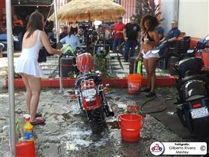 apontes-bikini-bike-wash-0002