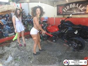apontes-bikini-bike-wash-0023