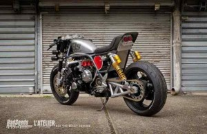 honda-cbx-bs4-by-bad-seeds 2