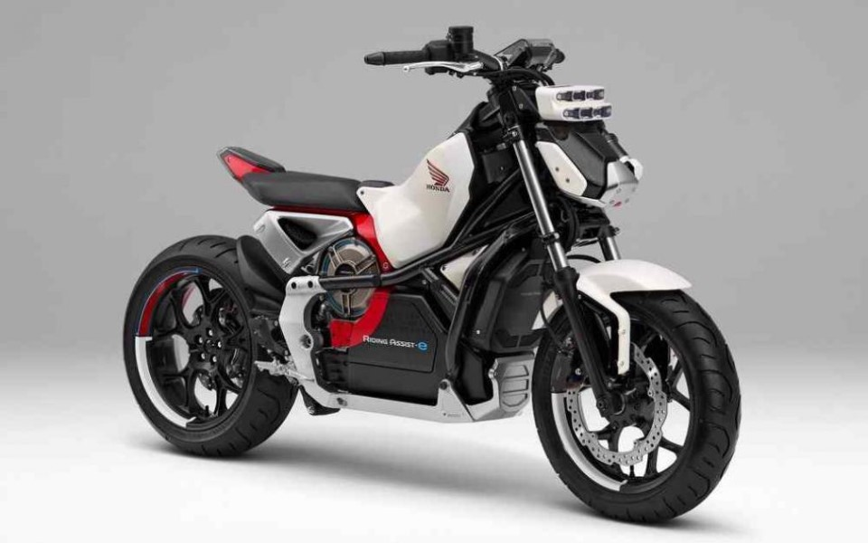 honda-riding-assist-e-1