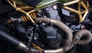ducati-monster-01