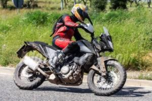 ktm-390-adventure-3