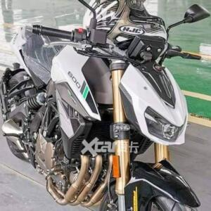 benelli-srk600-03