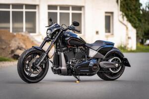 Harley-Davidson Simple Three