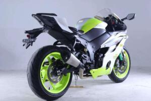 La nueva Yamaha R6 clonada, vista por detrás